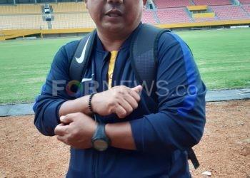 Pelatih Sriwijaya FC Budiardjo Thalib. (fornews.co/iwan setiawan)