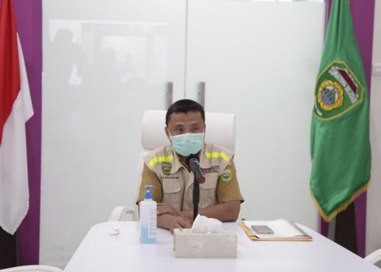 Juru Bicara Gugus Tugas Penangangan COVID-19 Sumsel, saat menyampaikan kondisi kasus baru, Rabu (8/7). (foto humas pemprov sumsel)
