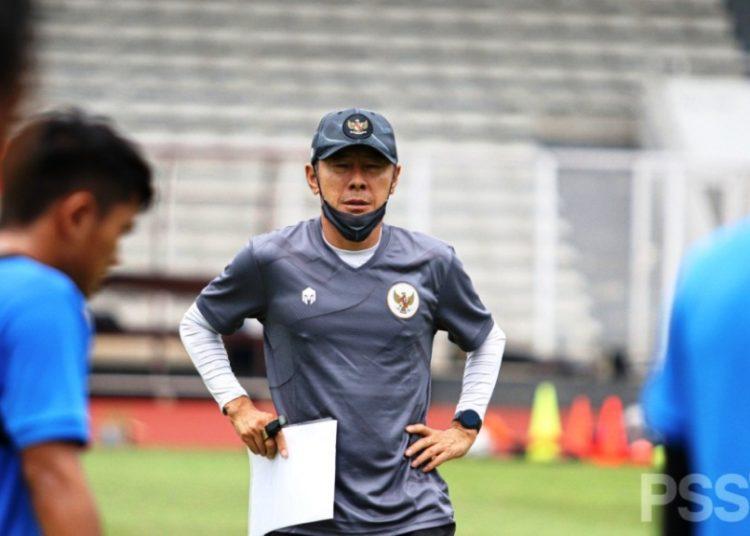 Pelatih Timnas Indonesia Shin Tae-yong dinyatakan negatif Covid-19 dari hasil swab test PCR terakhir yang dilakukan. (fornews.co/pssi)