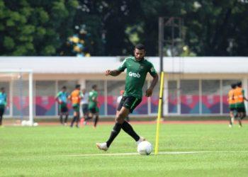 Marinus Wanewar saat bergabung dalam latihan Timnas U23 tahun 2019 lalu. (fornews.co/pssi)