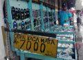 MUJI membuka lapak kacamata di Jalan Kemasan mulai pagi pukul 09.00 hingga sore hari pukul 16.00 WIB. Muji mengaku mendatangkan kacamata dari luar Yogya. (foto fornews.co/adam)