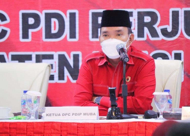 Ketua DPC PDI Perjuangan Muba, Beni Hernedi, pada Rapat Kerja Cabang (Rakercab) II yang di gelar di Hotel Ranggonang, Sekayu, Sabtu (22/5/2021).(fornews.co/ist)