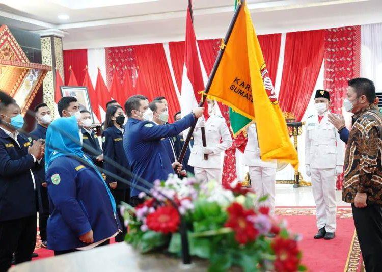 Gubernur Sumsel Herman Deru pada kegiatan pengukuhan pengurus Karang Taruna Sumsel periode 2020-2025 di Griya Agung Palembang, Sabtu (29/5/2021). (fornews.co/humas provinsi sumsel)