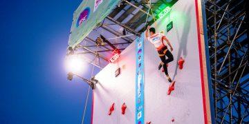 Atlet panjat tebing Indonesia Veddriq Leonardo saat memecahkan rekor dunia nomor speed 15 meter pada ajang The 2021 IFCS World Cup di Salt Lake City, Amerika Serikat, Jumat (28/5/2021). (fornews.co/ifsc)