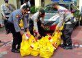JAJARAN Polresta Yogyakarta segera menyalurkan bantuan dari Alumni Akpol tahun 1993 Pesat Gatra kepada masyarakat terdampak pandemi. (foto fornews.co/adam)