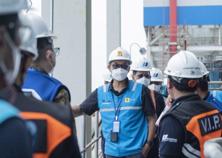 Wakil Direktur Utama PLN, Darmawan Prasodjo, saat mengunjungi tambang dan PLTU Sumsel 8 Tanjung Lalang, Muara Enim milik PTBA pada 3-4 September 2021 lalu. (fornews.co/ist)