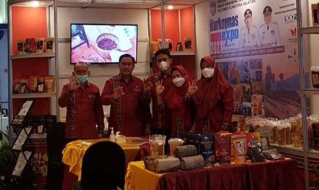 Produk UMKM Kabupaten OKU Selatan yang diikutsertakan pada pameran tingkat Nasional. (fornews.co / ist)